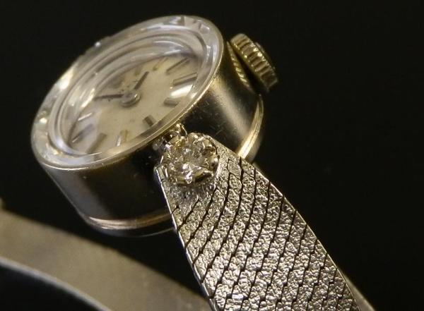 究極美14金無垢ホワイトゴールド★ロレックス レディース Ref.3523★2ピースダイヤモンド Cal.1400のサムネイル