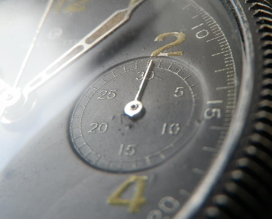 ★★★ Tutima – GLASHUTTE ★★★  Uhrenfabrik Glashutte AG-FLIGERCHRONOGRAPH-WORLD WAR Ⅱ  ウーレンファブリックグラスヒュッテ- フリーガークロノグラフ -第二次世界大戦  GERMAN MILITARY MODEL – MADE IN CIRCA 1946/ドイツ軍緩急品のサムネイル