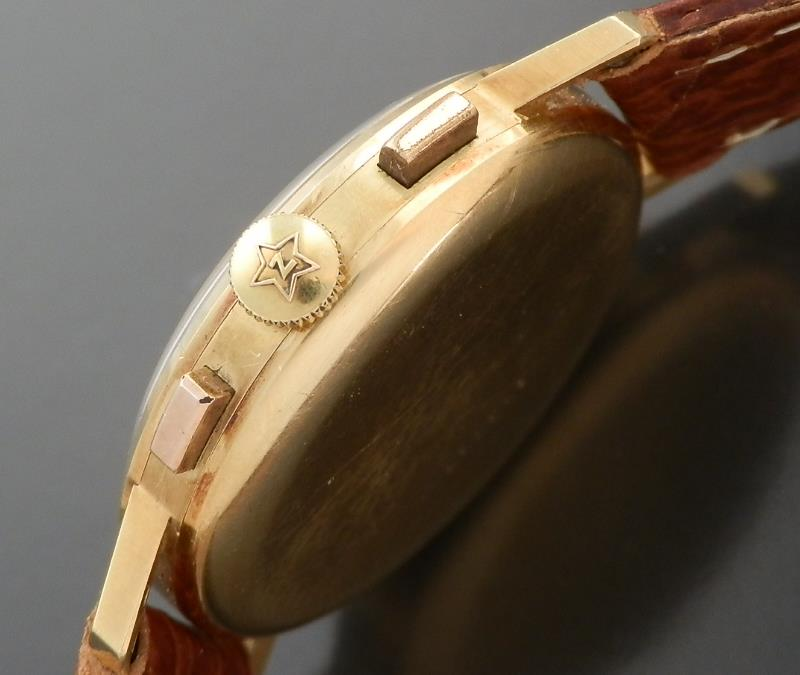 伝説Cal.146Dクロノグラフ★ゼニス★18金無垢シャンパンゴールド ラウンドケース 1950年代のサムネイル