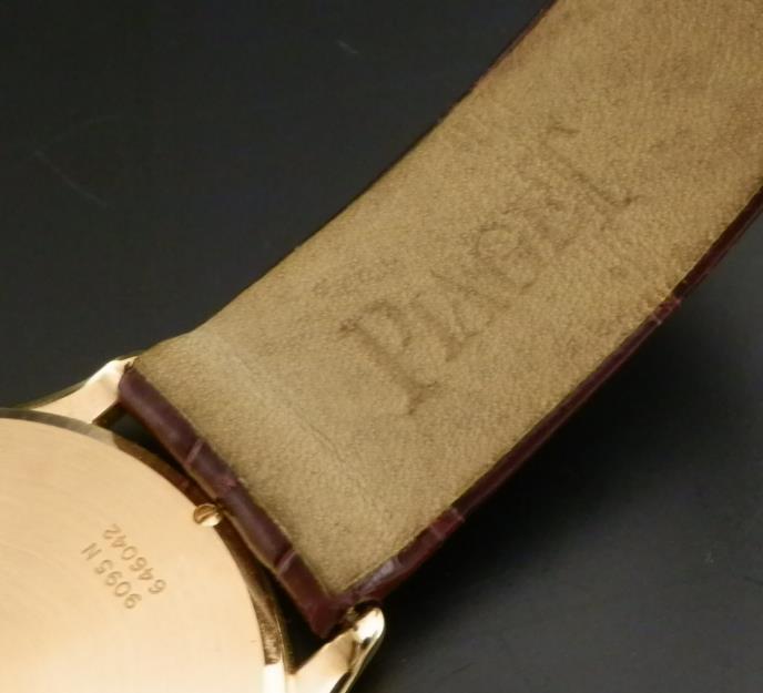 18金無垢ローズゴールド★ピアジェ ウルトラスリム35mm★P(ピアジェ)紋章/Cal.9P2のサムネイル
